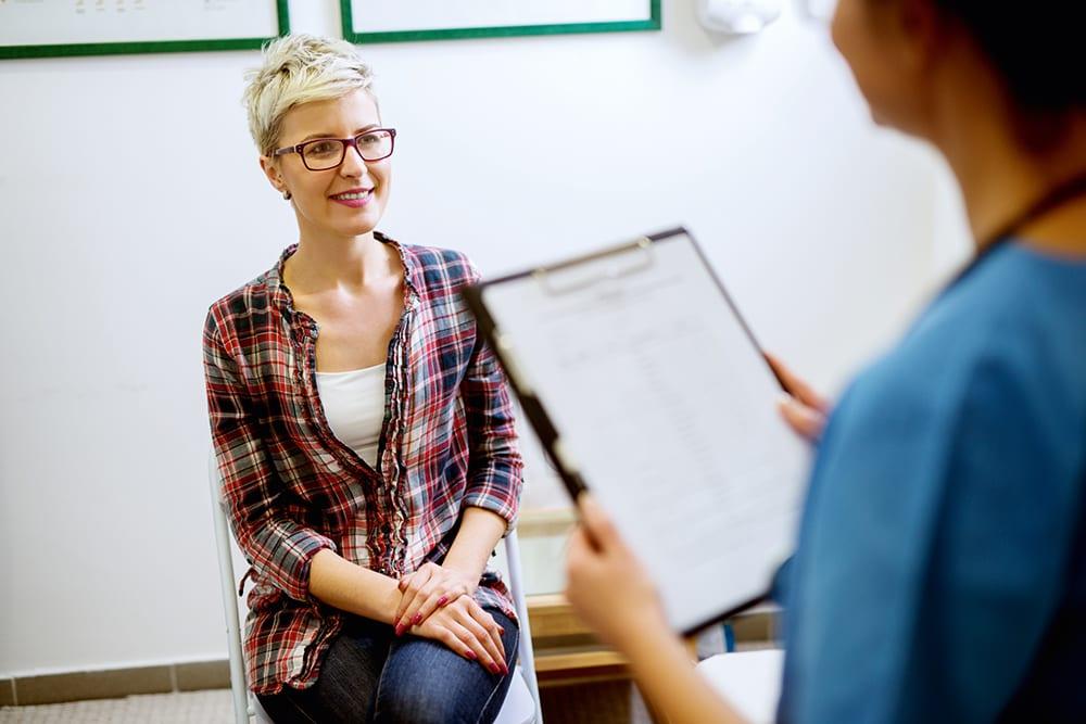 Frau Gesundheitskontrolle Arzt