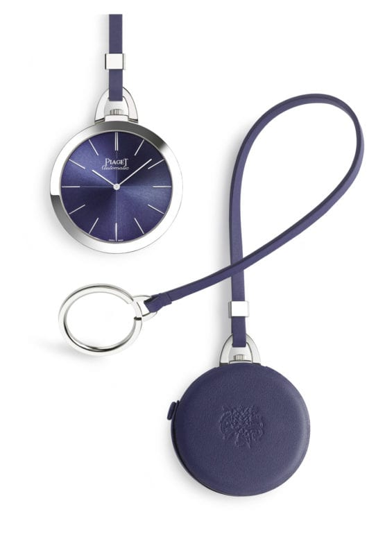 Eine blaue Taschenuhr von piaget