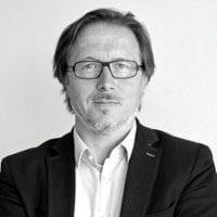 Porträt von Stefan Buschmann