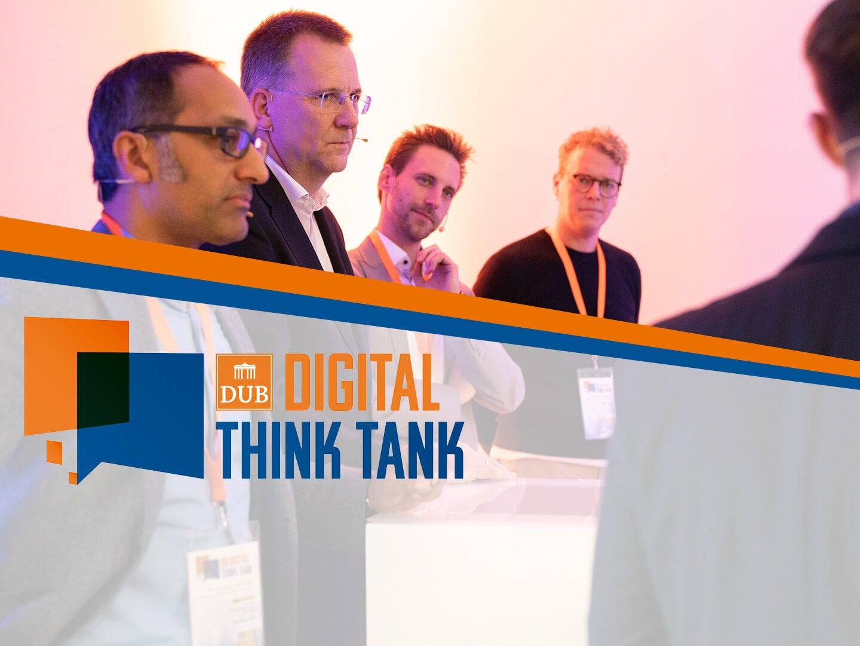 Podiumsdiskussion der Experten vom DUB Digital Think Tank