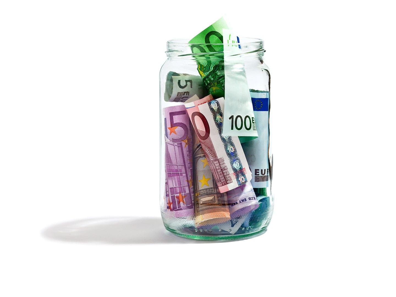 Glas mit Geld