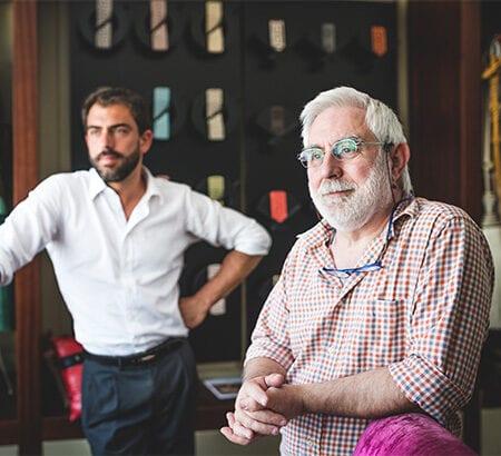 Nachfolge alter und junger Mann