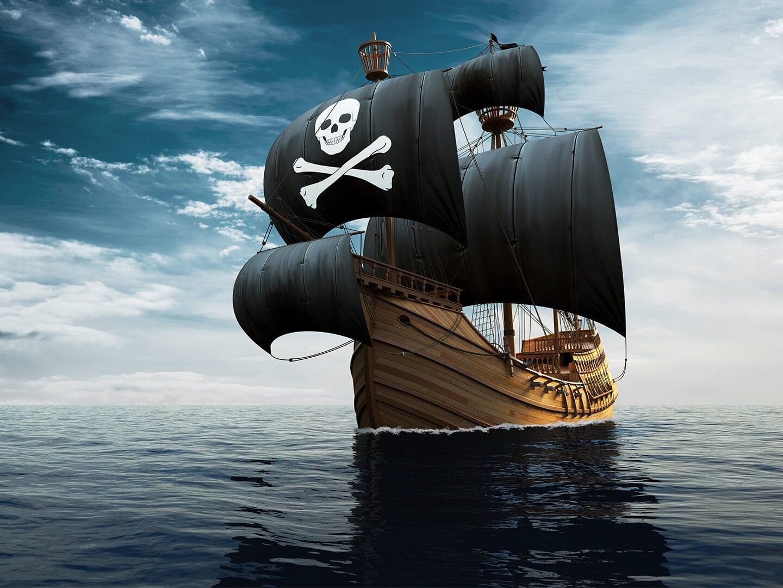 Piraten-Schiff auf hoher See
