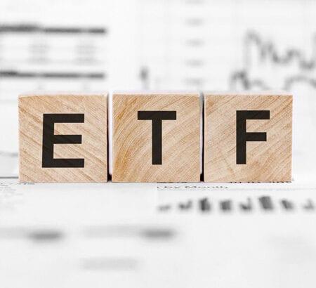 Bausteine mit den Buchstaben ETF