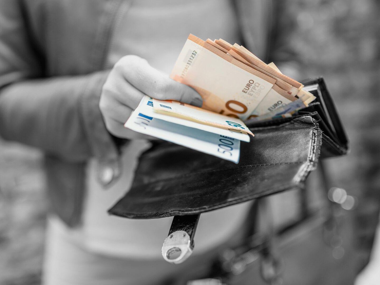 Geld in der Geldbörse
