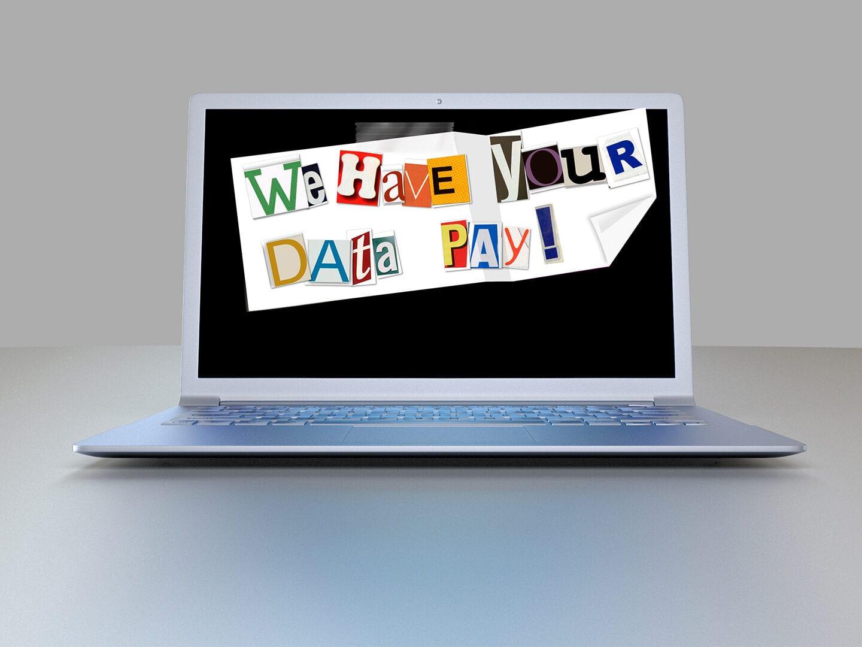 Ein Laptop mit der Aufschrift