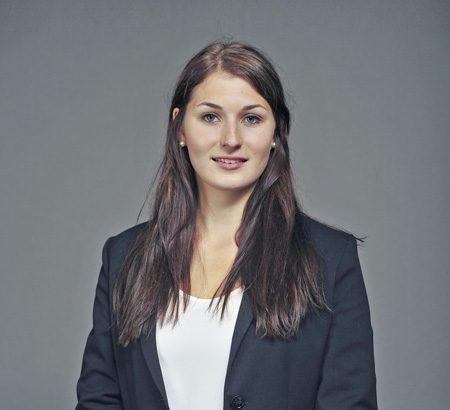 Vermögensberaterin Nadine Wiedemann
